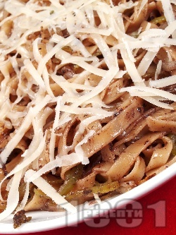 Талятели с маслинова паста и пармезан - снимка на рецептата